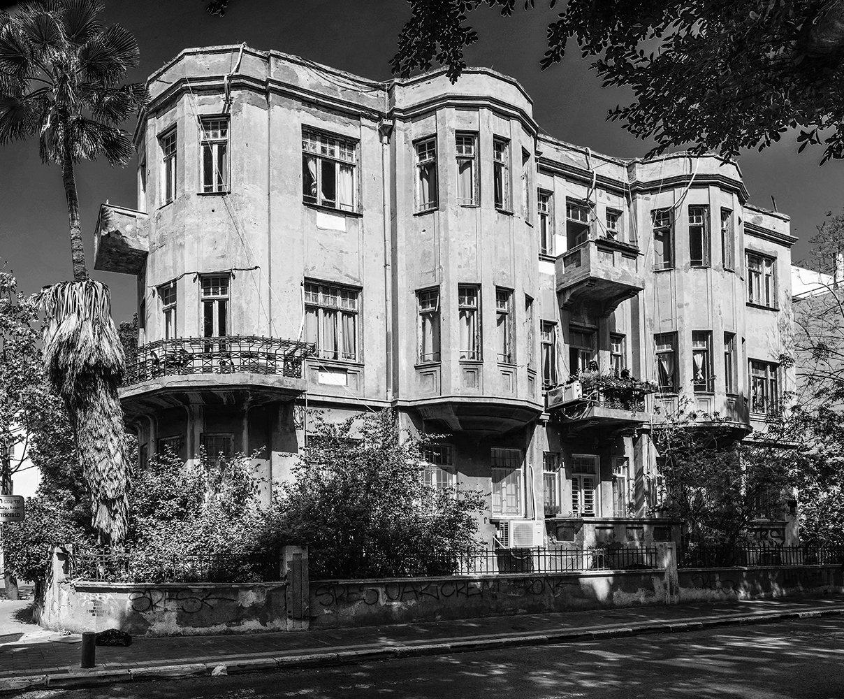 אדריכלות בשדרות רוטשילד, יוהנס פלטן צילום